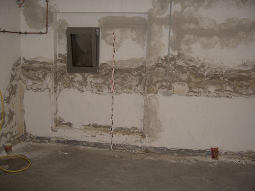 Feuchteschäden nach Kellersanierung